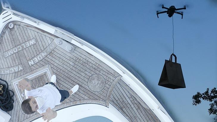 İstanbul Boğazı'nda bir ilk! Drone ile paket servis