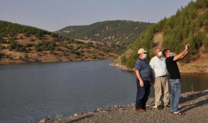 Bayraktepe Göleti, tarımsal alanlara can suyu olmaya başladı