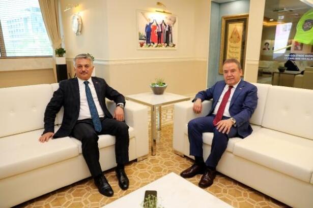 Vali Yazıcı'dan Başkan Böcek'e iadei ziyaret
