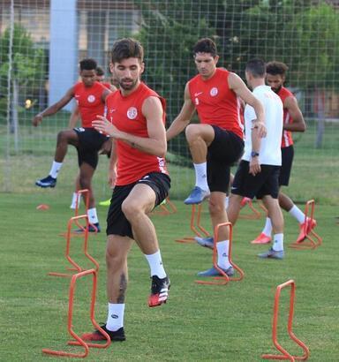 Antalyaspor ile Trabzonspor'un 48'inci randevusu