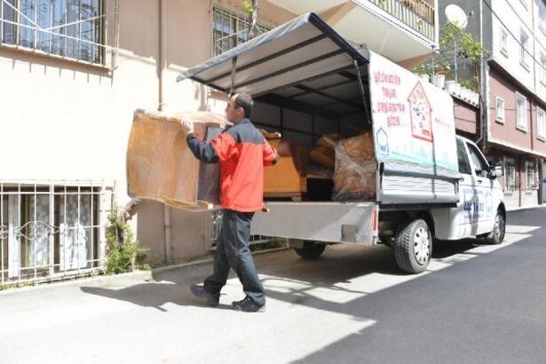 Gönüllü bağışçıların fazla eşyaları ihtiyaç sahiplerine ulaştırılıyor