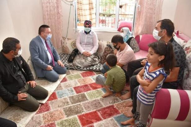 Başkan Beyoğlu'nun ev ziyaretleri sürüyor