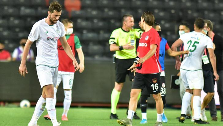 Son dakika | Konyaspor kural hatası nedeniyle maçın tekrarını istedi!