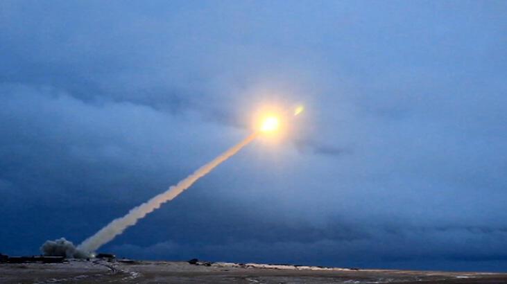 Lavrov: Nükleer bir çatışma riski arttı, ABD ile görüşmeye hazırız