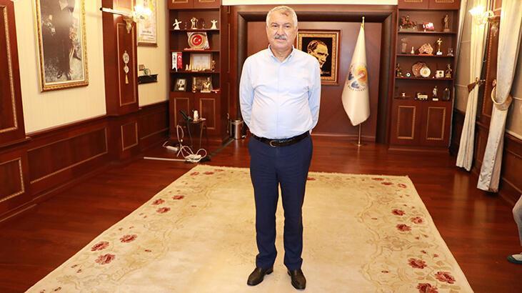 Son dakika! Adana Büyükşehir Belediyesi'ne 'icra' şoku! Başkanlık makamındaki eşyalara el konuldu