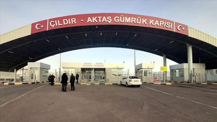 Çıldır-Aktaş Gümrük Kapısı'nda yük ticareti artıyor