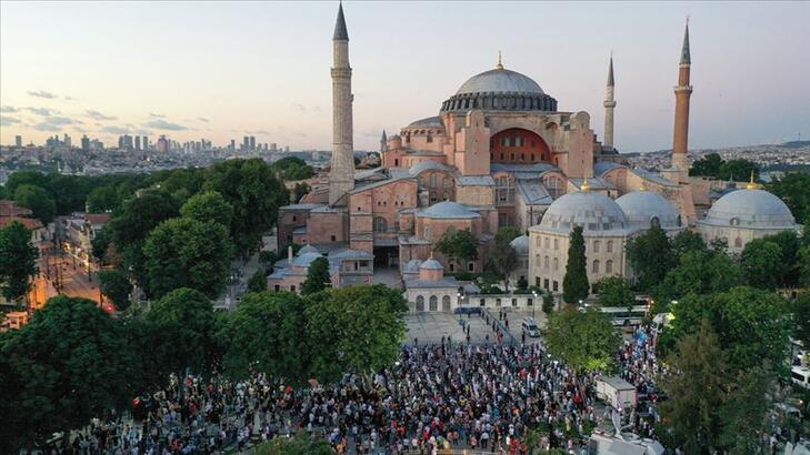 UNESCO'ya madde madde Ayasofya cevabı