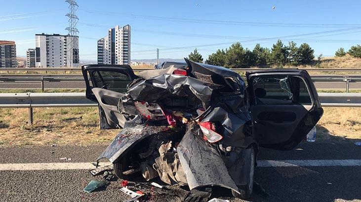 Otomobil paramparça oldu! Başkentte feci kaza