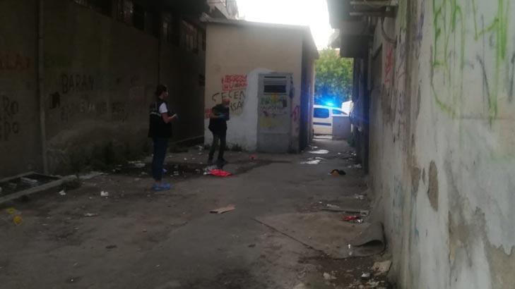 İzmir'de korkunç olay! Bıçaklanan kadın hastanede öldü