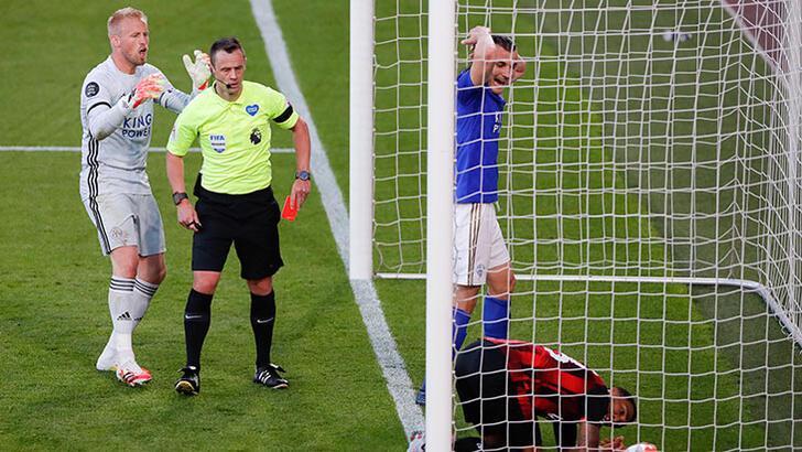 Çağlar Söyüncü kızardı, Leicester City, deplasmanda dağıldı!