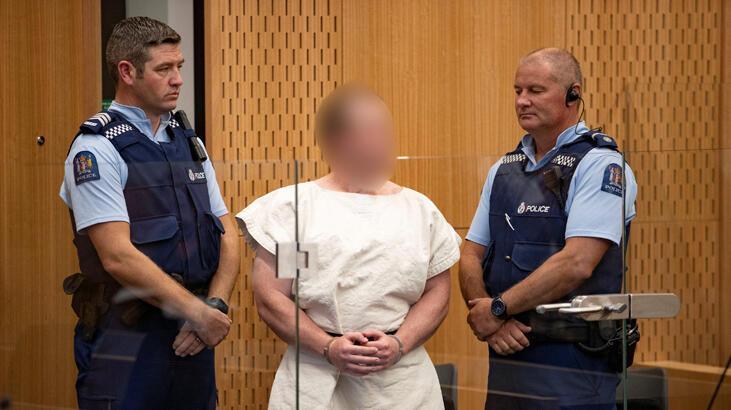 Camilere saldıran terörist, mahkemede savunmasını kendisi yapacak