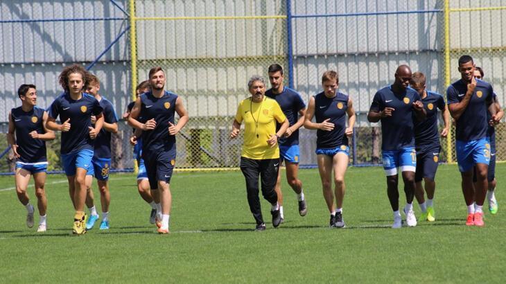 MKE Ankaragücü, Antalyaspor maçı hazırlıklarına başladı