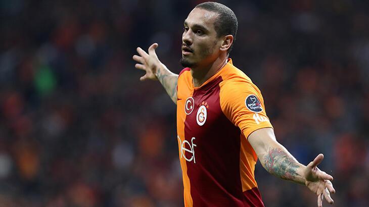 Galatasaray'da Maicon krizi patladı
