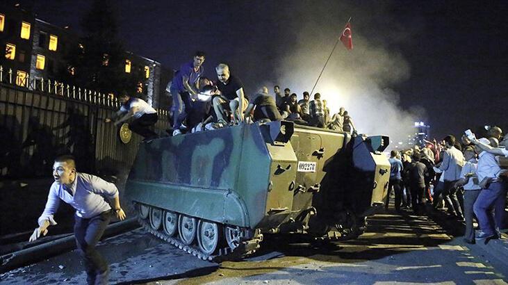Türkiye, 15 Temmuz'u yurt dışı temsilciliklerinde düzenlenen panellerle anlatıyor