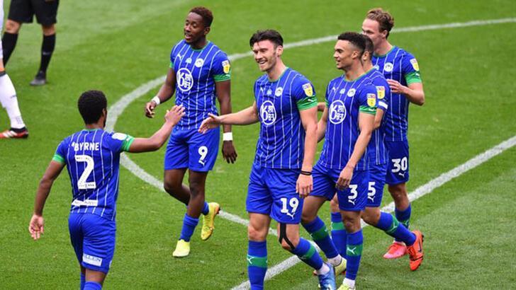 Çılgın maçta Wigan, Hull City'i  8-0 mağlup etti!