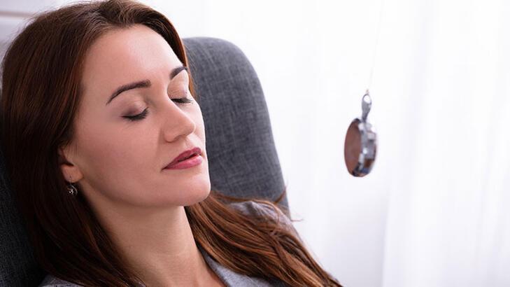 Sigarayı bırakmada 'hipnoz ve akupunktur' işe yarıyor mu?