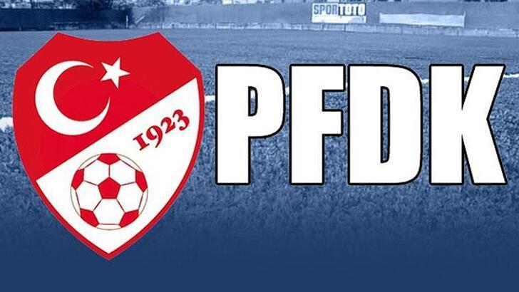 PFDK'dan Galatasaraylı futbolculara maske takmama cezası!