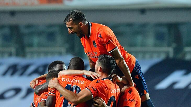 Başakşehir şampiyon oldu Mehmet Topal tarih yazdı