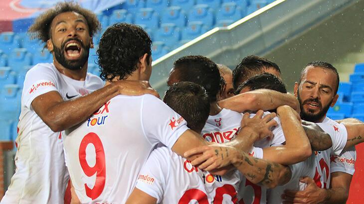 Antalyaspor, dış saha maçlarını rekorla tamamladı