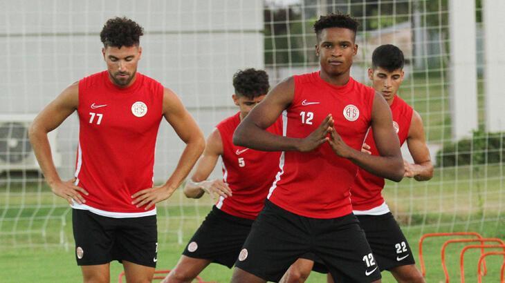 Antalyaspor, Galatasaray maçı hazırlıklarına başladı