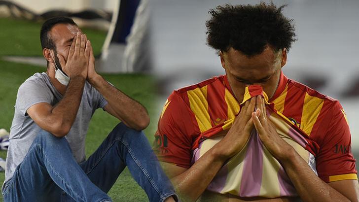 Süper Lig'e veda ettiler! Futbolcular gözyaşlarına hakim olamadı...