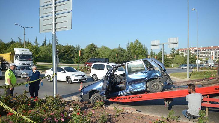 Eskişehir'de minibüsle çarpışan otomobilin sürücüsü öldü