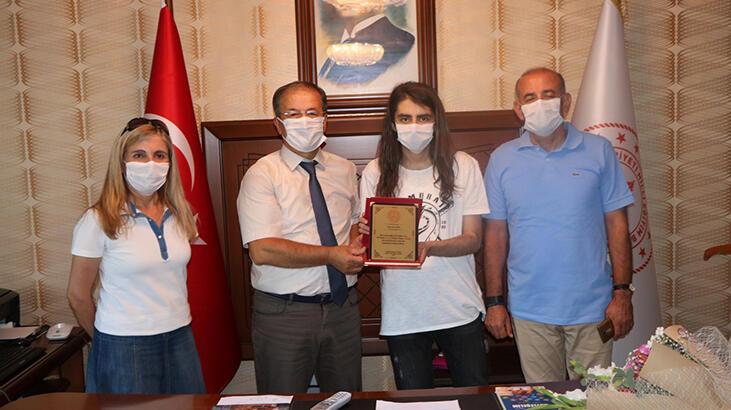 YDT Türkiye birincisi Niğde'den çıktı