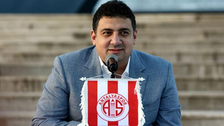Ali Şafak Öztürk: Podolski Antalya'da çok mutlu