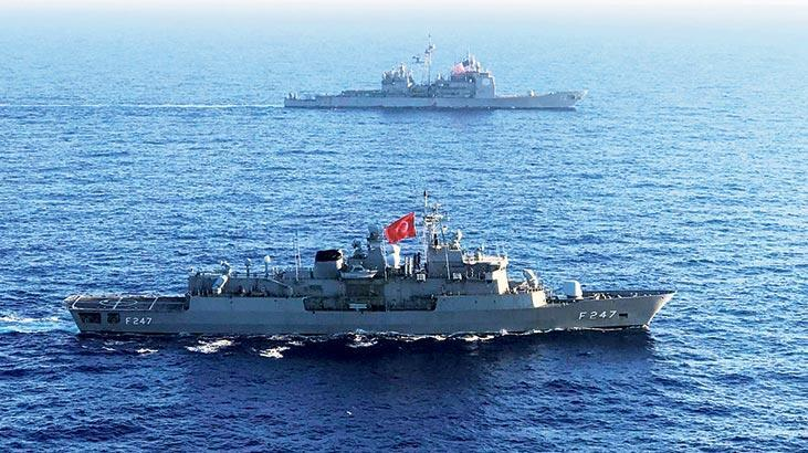 Akdeniz'de Türk ve ABD gemilerinin ortak eğitimi