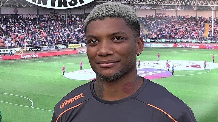 Junior Fernandes: Alanyaspor'da mutluyum, yeni sezonda ne olacak bilmiyorum