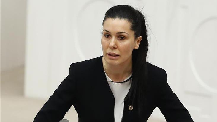 AK Parti'li Çiğdem Karaaslan: 'AK Parti geleceğe vizyon açmaktadır'