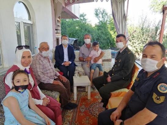 Kaymakam Çimşit'ten şehit ailelerine ziyaret