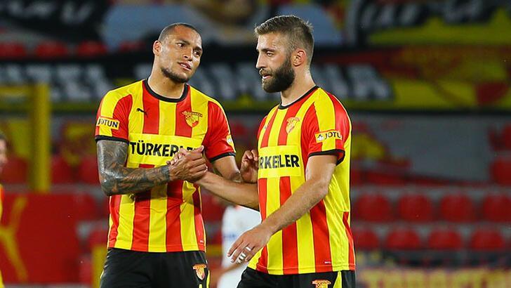 Fenerbahçe transfer haberleri   TFF bekleniyor! 3 bomba birden...