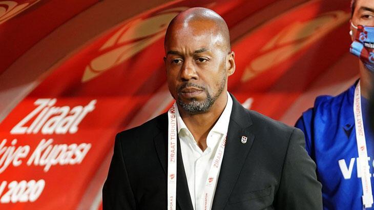 Eddie Newton, ilk teknik direktörlük deneyimini Trabzonspor'da  yaşayacak