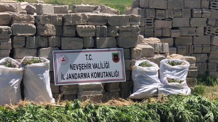 Nevşehir'de 12 kilogram esrar ele geçirildi! 3 kişi gözaltına alındı