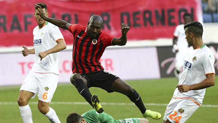 Ankara klubunda ayrılıq -