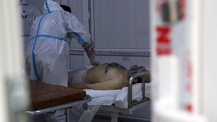 Afganistan'da koronavirüs bulaşanların sayısının 10 milyon olduğu tahmin ediliyor