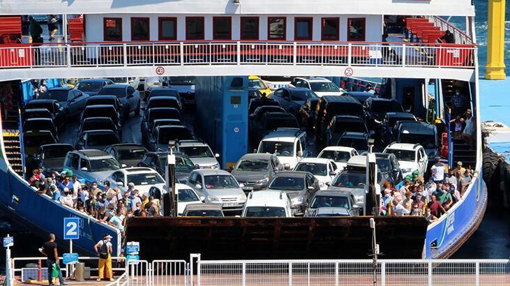 Koronavirüse rağmen, feribotla taşınan tatilci sayısı arttı!