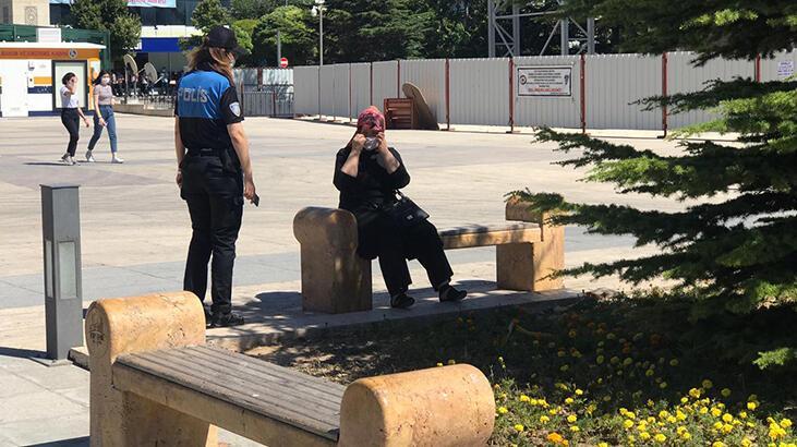 Kırşehir'de polis ekipleri maske denetimi yaptı