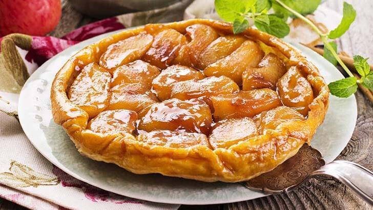 Yanlışlıkla ortaya çıkan Fransız tatlı tarte tatin nasıl yapılır? İşte tarte tatin malzemeleri