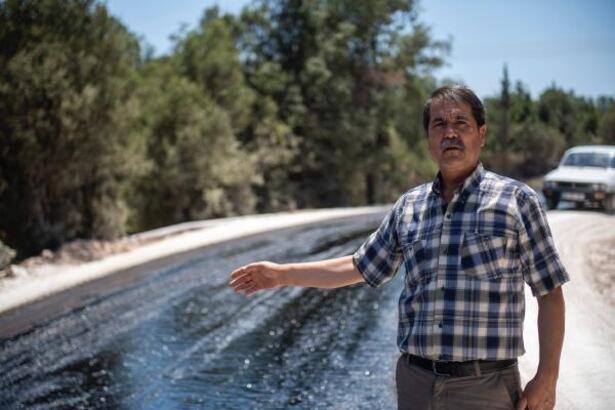 Mersin'de kırsal mahallelerde asfalt çalışması aralıksız sürüyor