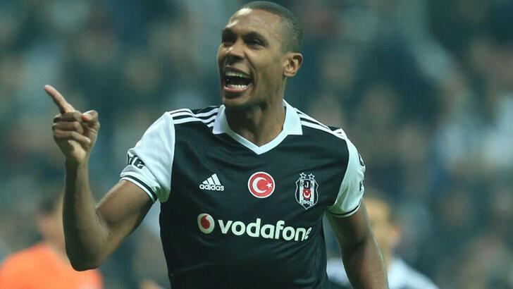 Marcelo'nun eşinden Beşiktaşlıları heyecanlandıran mesaj!