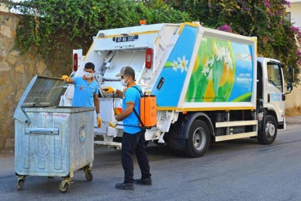 Alanya Belediyesi bayramda 3528 ton atık topladı