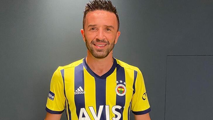 Son dakika haberler - Gökhan Gönül, Fenerbahçe'ye imza attı! Resmen açıklandı...