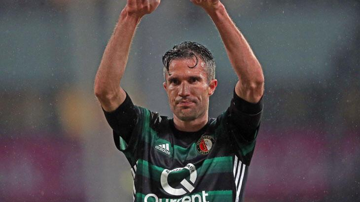 Robin van Persie Feyenoord'da yardımcı antrenör oldu