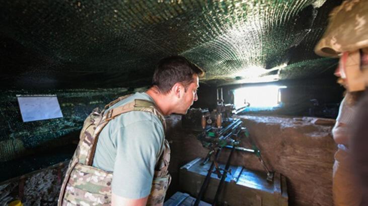 Ukrayna lideri Zelenski çatışma bölgesinde