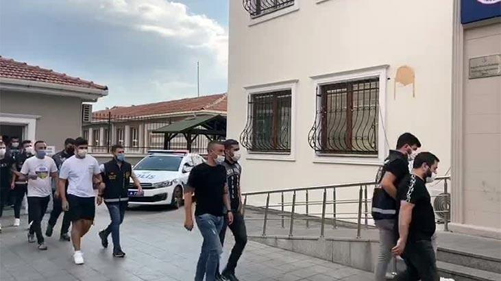 Hem trafiği hem corona virüsü yok saydılar! 8 kişi yakalandı