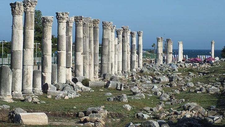 Gökbilimci Aratos'un mezarı Mersin'de gün ışığına çıkarılıyor