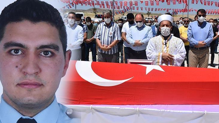 Kalp krizinden ölen polis memuru, Sivas'ta toprağa verildi!