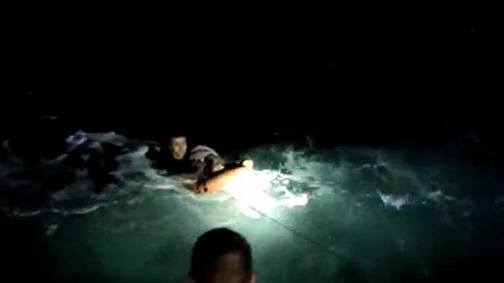 Feribottan denize düşen yolcu, bir saat sonra baygın halde bulundu